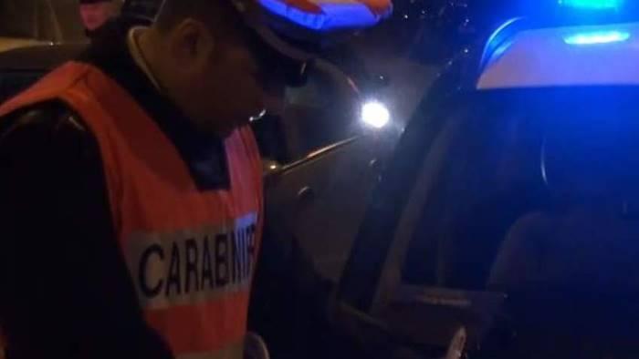 droga e coltello in auto denunciato