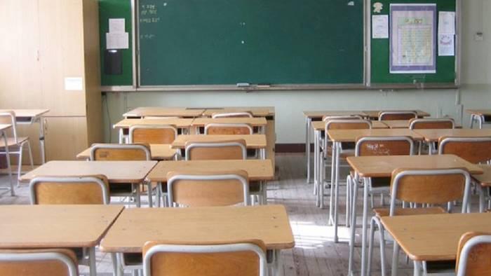 Meningite, caso sospetto a Caserta: chiusa scuola