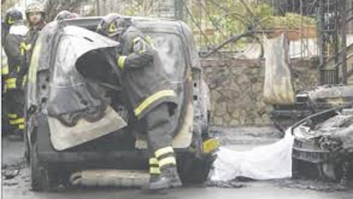 Esplosione camaldoli un altro morto ustioni sul 90 del - Piscina ariete napoli ...