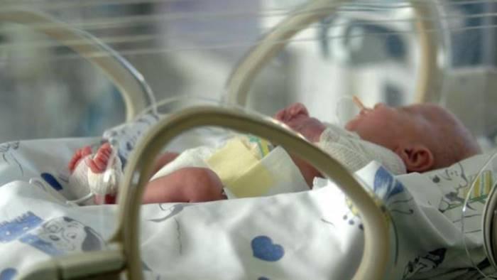Salerno, 43enne diventa mamma dopo 11 fecondazioni assistite