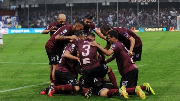 Lega B: l'Hellas Verona torna in vetta, 2-0 alla Salernitana