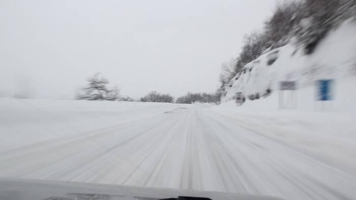 neve auto e bus bloccati sull ofantina soccorsi spettacolari
