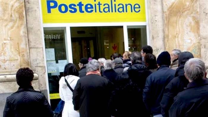 Panico nell'Ufficio Postale di Santa Maria a Vico