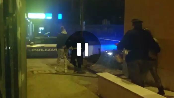 maxi sequestro di droga in a16 corrieri in fuga bloccati