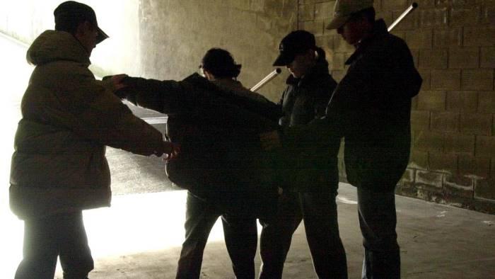 Baby gang: è emergenza a Napoli. Oggi vertice con Minniti