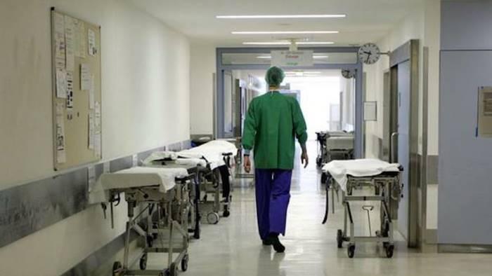Caltanissetta: medico e infermiere aggrediti in ospedale