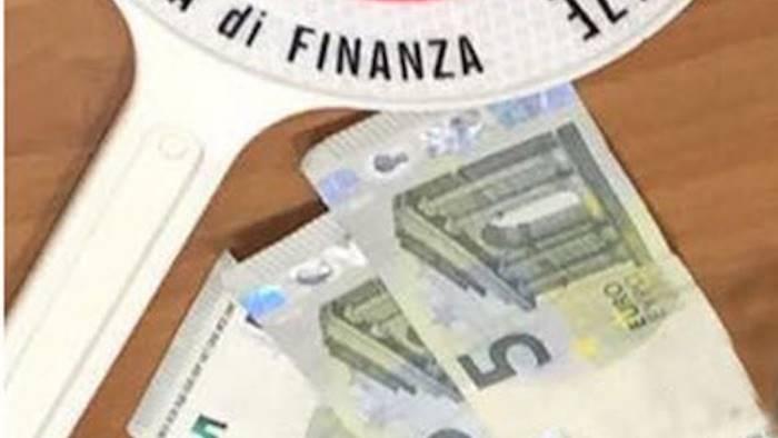 non paga l iva sequestro da 200mila euro a un imprenditore