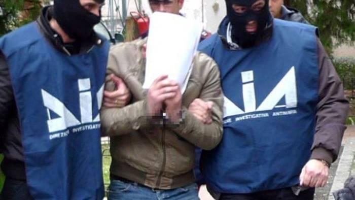 Camorra, maxi blitz contro il clan Moccia: 45 arresti
