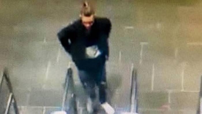 Napoli, trovato cadavere sui binari : Giallo sulla morte del 16enne Ciro Ascione