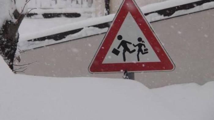 torna la neve scuole chiuse nel salernitano ecco dove