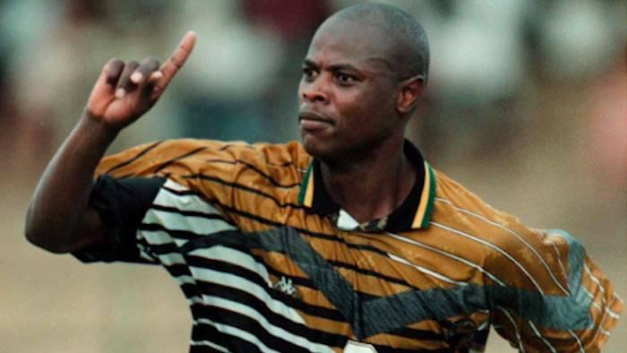 Bari calcio, un altro lutto: morto l'ex attaccante Philemon Masinga