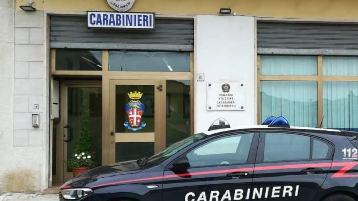 simula furto auto 60enne denunciato dai carabinieri