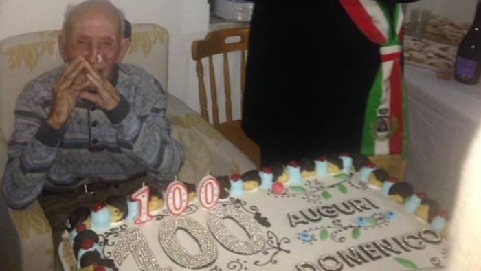 il cilento festeggia i 100 anni di nonno domenico