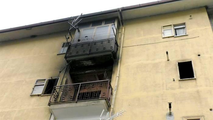 Pensavamo di morire come i topi 13 famiglie senza casa - Come uccidere i topi in casa ...