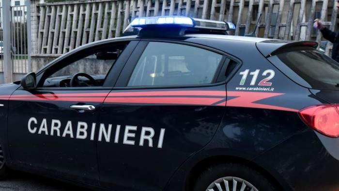 carabiniere sequesta e picchia il suo capitano arrestato