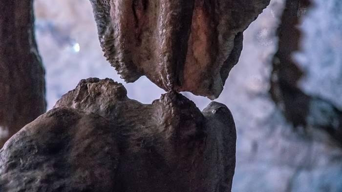 grotte di pertosa l incredibile bacio atteso da 20mila anni
