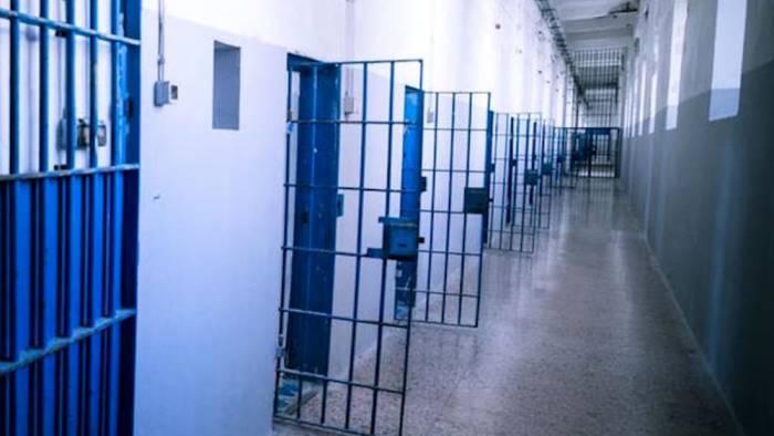 cocaina per il figlio detenuto a poggioreale