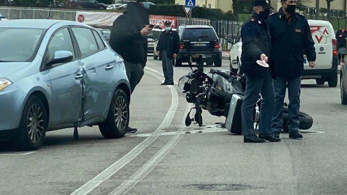 benevento scontro auto moto ferito un uomo
