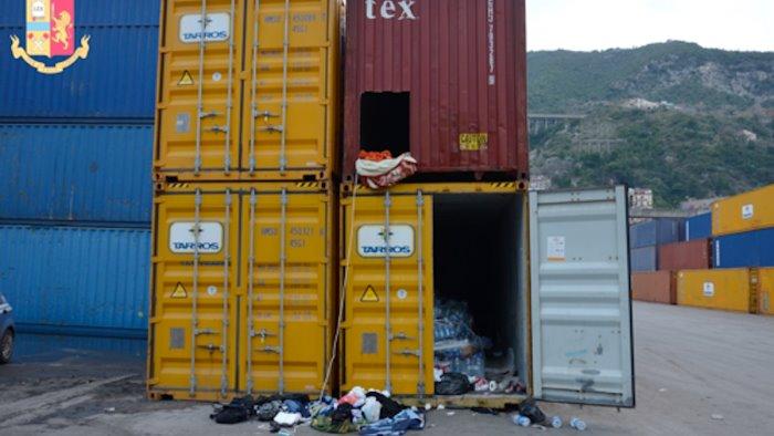 dall iraq a salerno chiusi nel container sognando la liberta