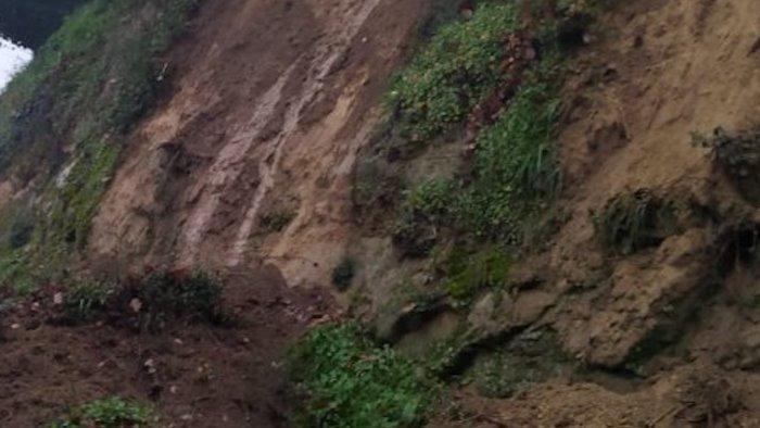 maltempo e pioggia frana a san pietro al tanagro