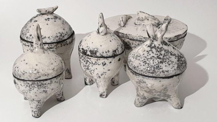 al museo frac di baronissi la mostra di ceramiche raku