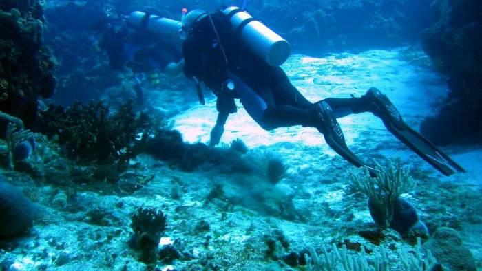 Giovane ragazzo napoletano è disperso in mare nelle isole Eolie