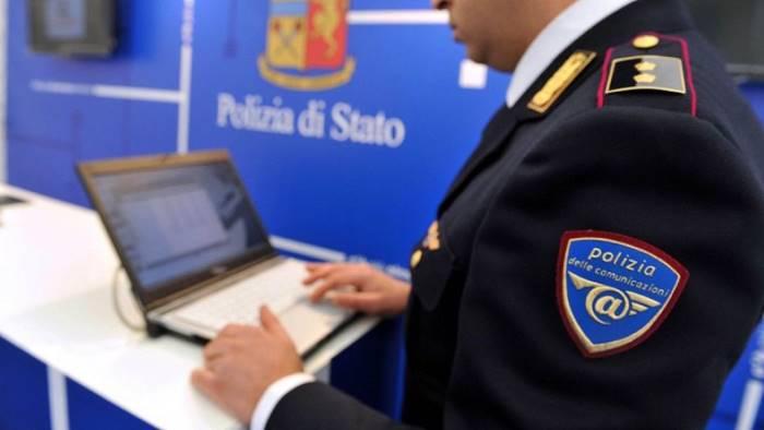 Assegni falsi per 4 milioni, 7 arresti tra Napoli e Caserta