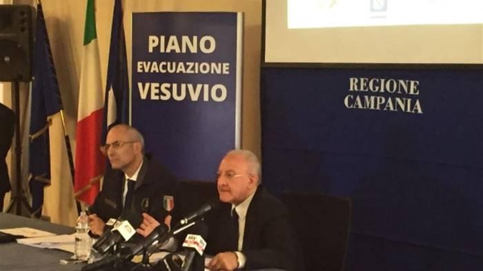 Vesuvio, definito piano di evacuazione: se scoppia, ecco dove andremo