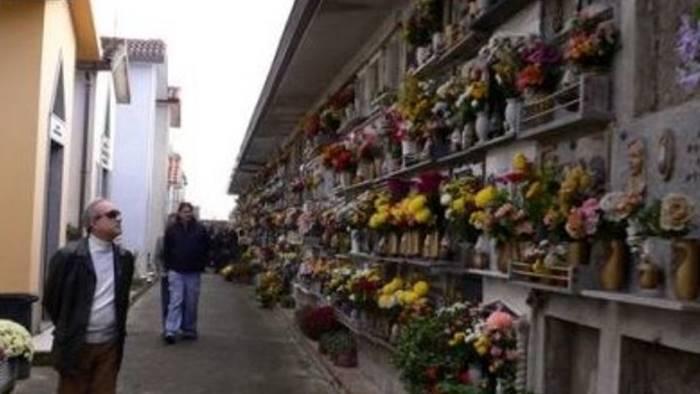 Commemorazione dei defunti, più bus e navette per recarsi al cimitero