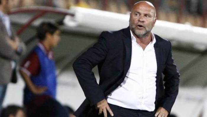 Serie B, Cosmi: