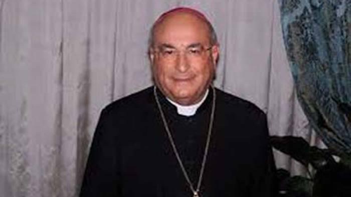 vescovo meno messe e piu incontri con famiglie separate