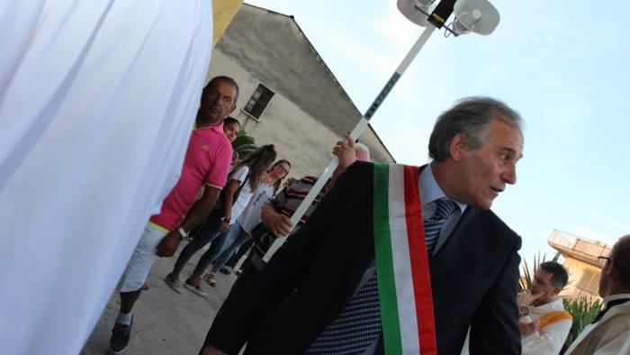 Corruzione e rivelazione di notizie: ai domiciliari il sindaco di Grumo Nevano