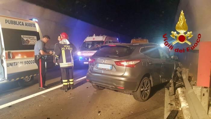incidente a caposele muore donna via accertamenti sulle auto
