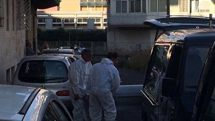 debiti e usura imprenditore suicida due arresti