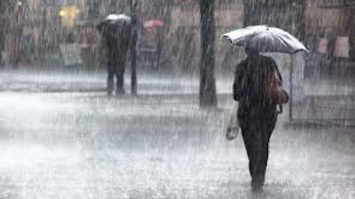 pioggia e vento allerta meteo in campania