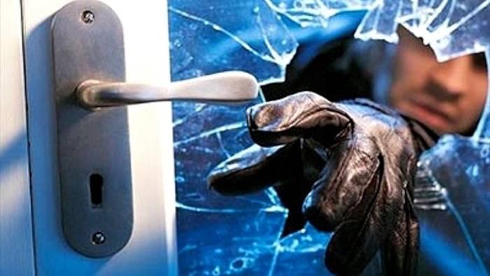 ladri in azione nel quartiere mellusi maxi bottino