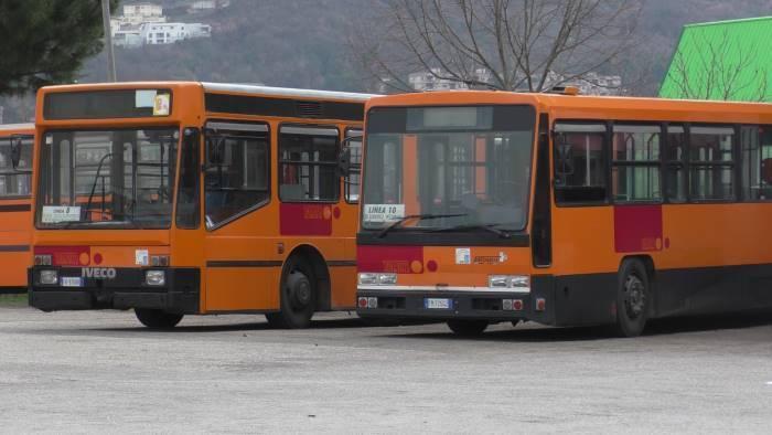 a benevento gli autobus piu vecchi d italia