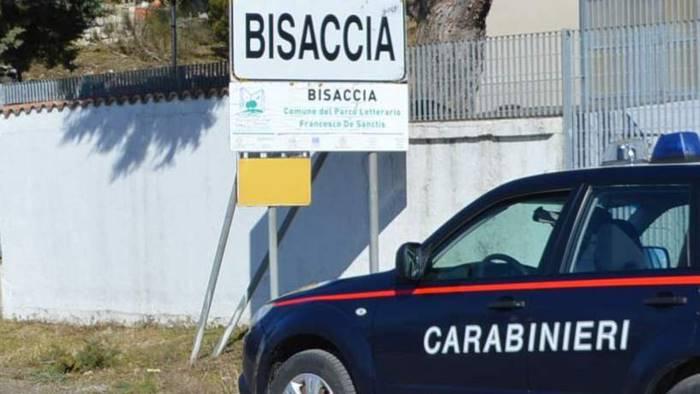 minaccia i carabinieri dai domiciliari al carcere
