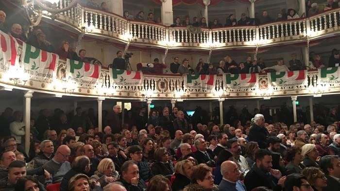 il pd napoletano va a congresso