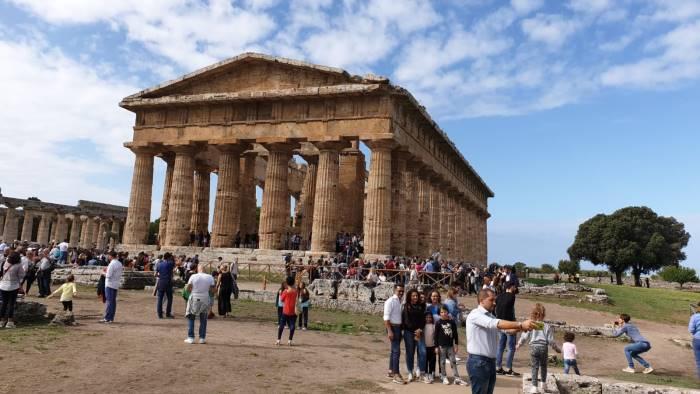 paestum fa registrare il record assoluto di visitatori