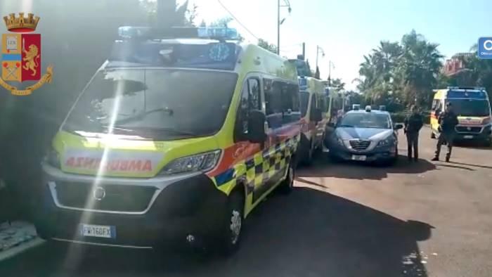 corteo di ambulanze per alfieri 18 indagati il video del blitz