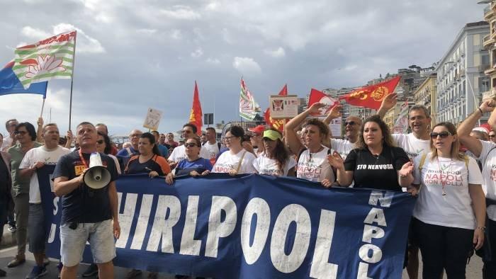 sindacati stato di agitazione negli stabilimenti whirlpool