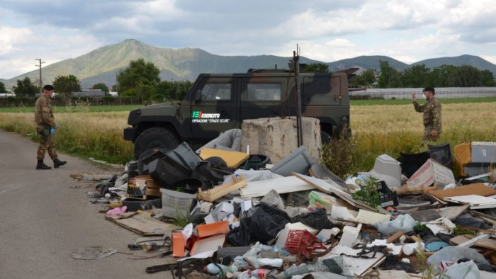 controlli terra dei fuochi in campo 31 equipaggi interforze