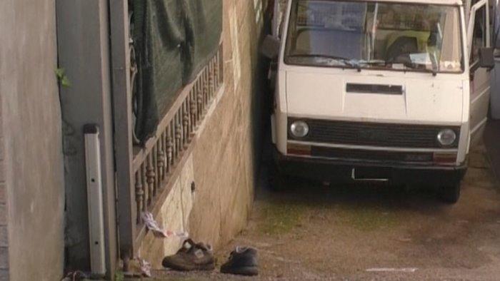 travolto dal furgone e morto il 67enne di casalduni