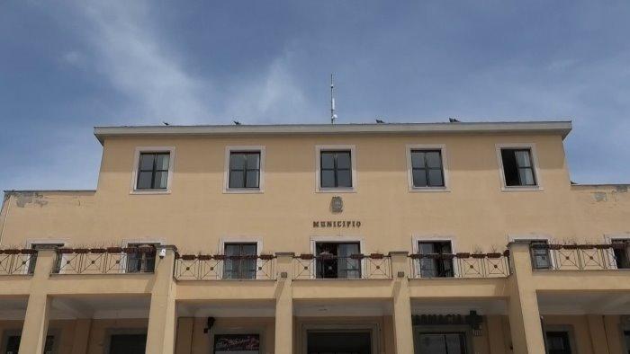 primo consiglio comunale targato franza e saluto di d agostino