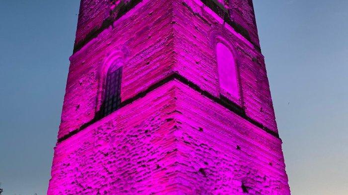 telese terme la torre in rosa simbolo per tutte le donne
