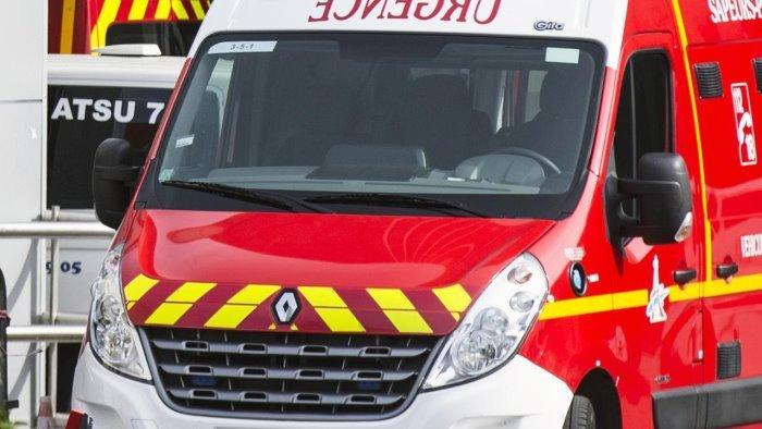 Attacco a Nizza: persona decapitata vicino Notre Dame
