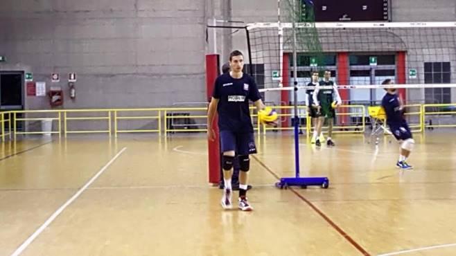 Mobilya volleyball aversa grassano ci crede puntiamo in for Mobilya caserta