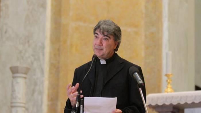 il vescovo battaglia scrive al ministro poletti e a renzi