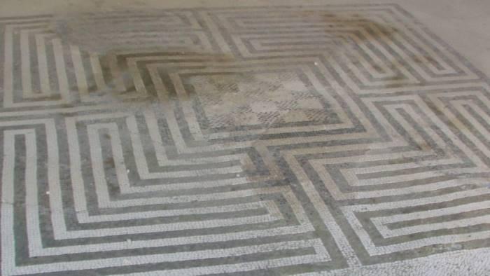 Pompei, ritorna allo splendore la domus dei mosaici geometrici